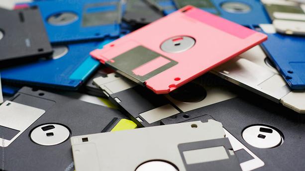 اختراع فلاپی دیسک